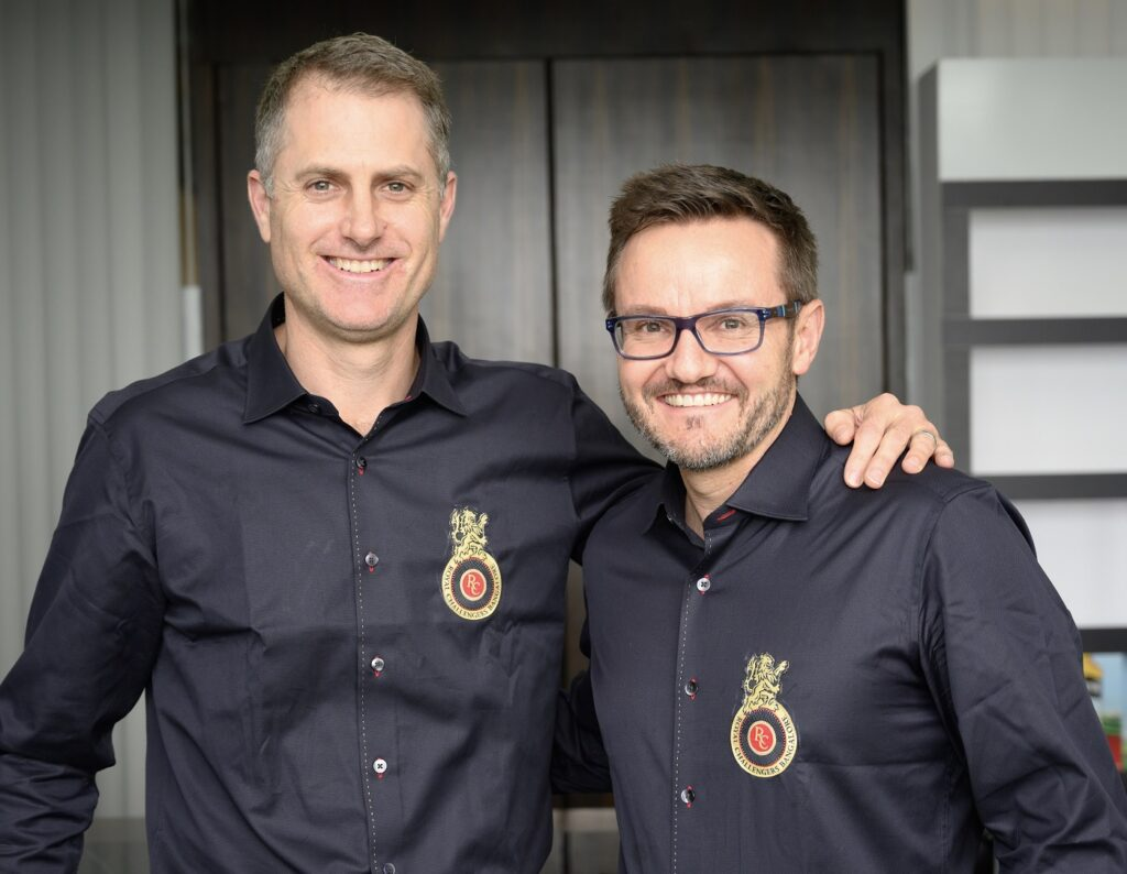 Simon Katich (left) and Mike Hesson pose ahead of Thursday's IPL Auction
